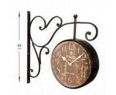 Reloj estación de tren con esfera horaria doble