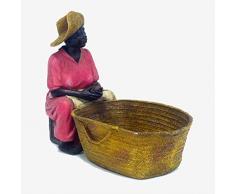 Better & Best Sra Figura Decorativa de señora sentada pelando Patatas Fresa, Medidas 26x12,5x20 cm, Material: Resina, Talla única