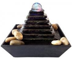 Fuente Zen para interiores con iluminación a led Pirámide
