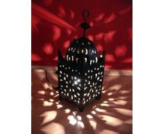 Accesorio linterna de metal portavelas soporte vela de té soporte linterna brillante linterna luz Portavelas candelabros de hierro forjado Carré mano forjado longitud 40 cm