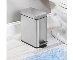 InterDesign Basic Bote para basura, papelera con pedal y tapa en plástico y acero inoxidable para cocina y cuarto de baño, plateado mate