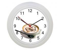 Café con reloj de pared