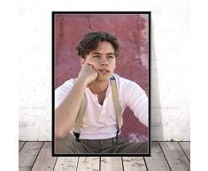 Zhuhuimin Impresión de póster Nuevo Cole Sprouse Serie de TV Actor de Estrella de Cine Arte Lienzo Pintura al óleo Sala de Estar Decoración Pintura Mural 50x70cm (sin Borde)