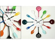 DonRegaloWeb - Reloj de cocina - Reloj de pared de metal y melamina en color blanco decorado con utensilios de cocina de diferentes colores